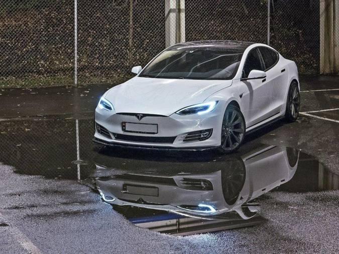 Dokładki progów Maxton Tesla Model S Polift (carbon look)